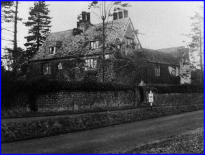 Wroughton Manor - stood at bottom of Prior's Hill